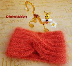 knitting_moldova Instagram Moldova, Drop Earrings, Christmas Ornaments, Knitting, Holiday Decor, Instagram, Tricot, Christmas Jewelry, Breien