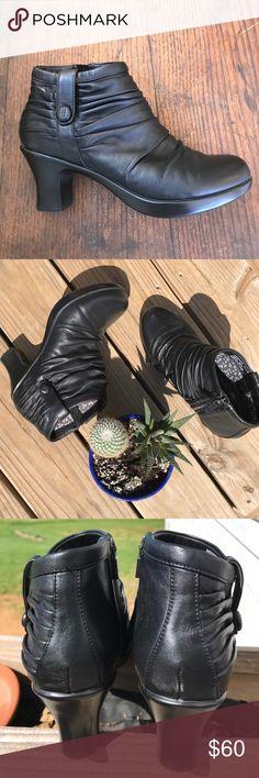 Dansko Booties in Black SIZE 9 Nearly New🌸 Dansko Booties in Black SIZE 9 Nearly New🌸 Dansko Shoes Ankle Boots & Booties