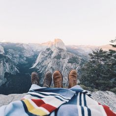 5 Essentials For The Perfect Camping Trip #theeverygirl