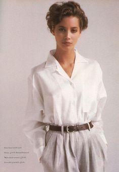 Christy Turlington, Vogue UK March 1987 white shirt and high-waisted trousers, my receipe 80s And 90s Fashion, Look Fashion, Retro Fashion, Vintage Fashion, High Fashion, Fashion Images, Indian Fashion, Street Fashion, Winter Fashion