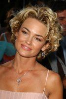 Haircuts Trends 2018 – Kelly Carlson at event of The Manchurian Candidate – ♥ hair Haircuts Trends Kelly Carlson at event of The Manchurian Candidate – ♥ hair Discovred by : Beaded & Short Curly Haircuts, Short Wavy Hair, Curly Hair Cuts, Curly Hair Styles, Hairstyle Short, Kelly Carlson, Trending Haircuts, Grunge Hair, Great Hair
