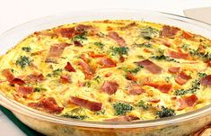 Quiche sans pâte brocoli, jambon et chèvre WW, recette d'une savoureuse quiche légère sans pâte, facile et simple à confectionner pour un repas du soir complet et léger.