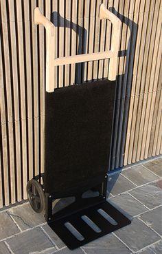 J.ack Pirra för utomhusbruk i aluminium och glasfiber med skyddande tyg.