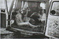 hippies in a car. I'm not a fan of hippies Hippie Man, Hippie Peace, Hippie Love, Hippie Chick, Happy Hippie, 1970s Hippie, Hippie Bohemian, Hippie Girls, Grunge Hippie