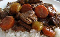Tämä punaviini-lihapata on Mättömestarin muunnelma ranskalaisesta…