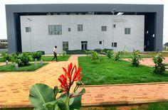 Biblioteca Pública Multimídia em Angola  - inaugurada esta semana
