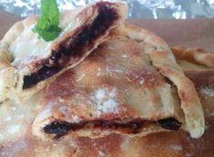 Καλτσόνε - Elpidas Little Corner Calzone, Corner, Chicken, Meat, Food, Essen, Meals, Yemek, Eten