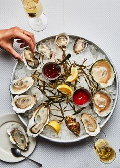 Wine Recipes, Dessert Recipes, Cooking Recipes, Desserts, Oyster Recipes, Western Food, Food For A Crowd, Food Styling, Seafood