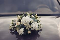 floral arrangement wedding