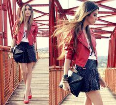look jaqueta vermelha.