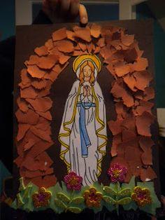 Familia Católica: Gruta de papel para Nuestra Señora de Lourdes