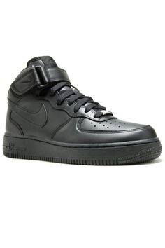 Nike Sportswear - Air Force 1 '07 Leather WMNS, sneakers, shoes, footwear, women, girl, trend, fashion, style, outfit, clothing, outwear, summer, spring, 2017, official, accessories,street, streetammo, nike, air, force, 1, one, air force one, black, leather, denim, casual, streetwear, sport, sportswear, classic, 07,