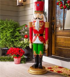 Easy To Make Outdoor Christmas Decorations On A Budget - Nutcracker Soldier - Page 3 of 31 - Easy Hairstyles Noel Christmas, All Things Christmas, Christmas Crafts, Christmas Ornaments, Christmas 2019, Nutcracker Christmas Decorations, Outdoor Christmas Decorations, Nutcracker Crafts, Snowman