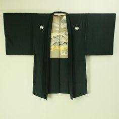 Black haori with five crests / 黒地 五つ紋付 羽織