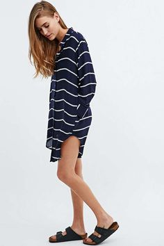 Silence + Noise Annie Stripe Dress in Navy - Urban Outfitters