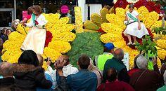 La ruta de las flores: los mejores desfiles de carrozas florales de todo el mundo El arte y la floricultura se unen cada año en diferentes ciudades para crear los diseños más increíbles y darle vida a bellísimos espectáculos para disfrutar en familia.   Lea la nota completa en: La ruta de las flores: los mejores desfiles de carrozas florales de todo el mundo - TodoParaViajar