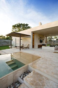 Love the indoor outdoor room...and the pool!