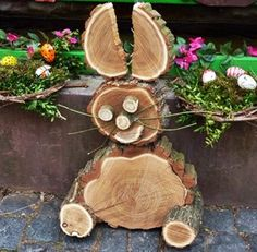 A bunny out of tree slices Wood Log Crafts, Wood Slice Crafts, Wooden Projects, Craft Projects, Easter Crafts, Holiday Crafts, Tree Slices, Wood Animal, Wood Creations