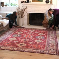 Our patented 2 piece rug system does the work for you. The stain resistant, spill proof rug cover catches spills for easy cleanup, then goes … in 2019 Mt Design, House Design, Casa Disney, Creation Deco, Washable Rugs, Cool Ideas, My New Room, Home Projects, Home And Living