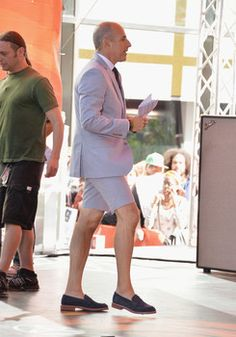 Why Matt Lauer hosted 'Today' show in a shorts suit  http://www.examiner.com/article/why-matt-lauer-hosted-today-show-a-shorts-suit