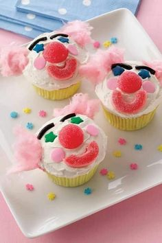 Circus Food, Circus Party, Clown Cupcakes, Big Top Circus, Cotton Candy Hair, Clowning Around, Camping Crafts, Harvest, Carnival