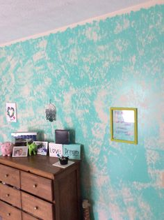 I used a paint roller along with rubber bands wrapped around it, and got this really cool effect! *THIS IS MY OWN ROOM*