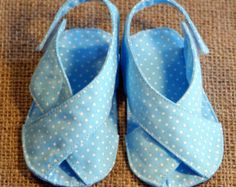 Mary Jane Baby Shoes  PDF Pattern  Newborn to 18 months.
