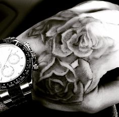 I've always wanted a rose on my hand too. Liam's tattoo is so beautiful. ❤