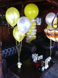 Tafeldecoratie 3ballonnen Geel en Wit 't Golfie Rockanje