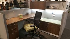 Love this @honcompany mixed material workstation #neocon2016