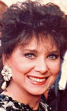 Suzanne Pleshette (January 31, 1937 – January 19, 2008). Type of cancer: lung. Age: 70.
