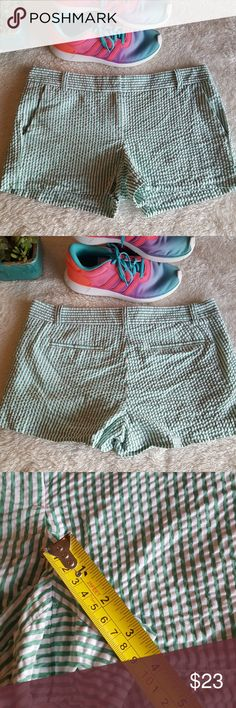 J. CREW City Fit Green Seersucker Shorts So cute with sandals are even tennis shoes and your favorite t-shirt. Size 8. These shorts are short! See the pictures for measurements. J. Crew Factory Shorts
