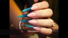 Yire Castillo Uñas Stiletto Esculturales (colaboración con Bellas Nails)