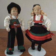 Norway Norwegian Ronnaug Petterssen c1950's felt doll pair in Setesdal Bunads