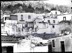 Δεκαετία 1920. Τ' Αναφιώτικα. Συνοικία κάτω από την Ακρόπολη. (Η σημερινή Πλάκα).