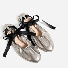 LACE-UP LEATHER BALLET FLATS from Zara