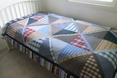 Custom Memory Blanket - Button Down Shirt Quilt - Trading Patches - Father's Day Gift Memory Pillows, Memory Quilts, Custom Totes, The Quilt Show, Man Quilt, Easy Quilt Patterns, Dad To Be Shirts, Men Shirts, Traditional Quilts