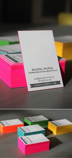 great business cards. Love the painted edges. Would have to be black cards with red edges. Moo.com premium?
