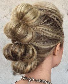 frizurák+hosszú+hajból+-+mohikán+konty