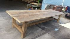 Geheel eiken tafel oud hout Picnic Table Plans, Dining Room, Dining Table, Interior Decorating, Interior Design, Interior Inspiration, Farmhouse Decor, Sweet Home, Patio