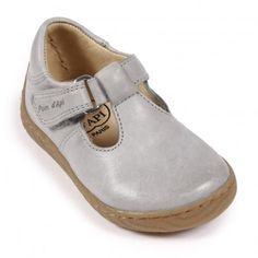 http://static.smallable.com/525167-thickbox/woody-shoes-grey.jpg
