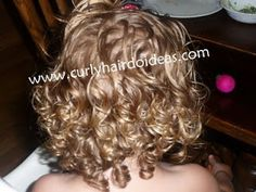 taking care of little girl curly hair:  I need this!!!!  I have no clue what I'm doing!!!!! Poor Addison.