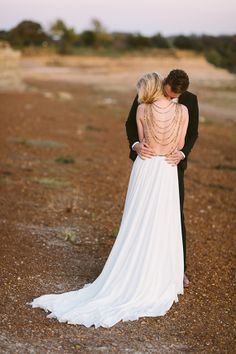 Amanda Wakeley wedding dress.Desert Inspiration by Apryl Ann