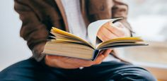 25 Books You Should Read, According to a Few of the World's Most Successful People :
