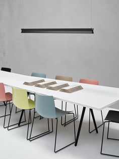 Modular meeting table MEETY | Meeting table by arper