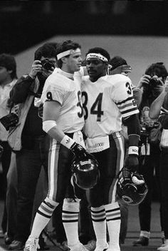 Jim McMahon 1985 was McMahon's hallmark year, he led the supremely talented Bears to a Super Bowl win and made the Pro Bowl, even though his TD-INT ratio was 15-11.In his seven seasons in the Windy City, McMahon never completed 60% of his passes and only threw 10 more TDs than INTs in his career.