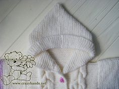 Check out my pattern of baby knit romper that was made in a gradient of puple and white yarn, has cool hood, and a fluffy fur pom. Knitted Cape Pattern, Baby Booties Knitting Pattern, Knitted Doll Patterns, Knitted Dolls, Baby Knitting Patterns, Baby Patterns, Hand Knitting, Knitting Stitches, Knitted Baby Outfits