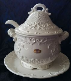 Provincial White Porcelain Soup Tureen with Ladle-serves 5-8 in Antiques, Decorative Arts, Ceramics & Porcelain, Tureens | eBay