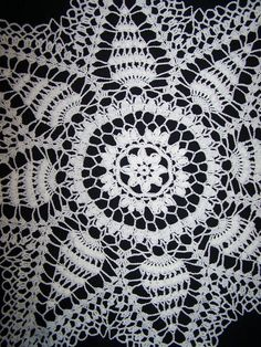 Your place to buy and sell all things handmade Snowflake Pattern, Star Shape, Cotton Thread, Crochet Doilies, White Cotton, Great Gifts, Etsy, Stars, How To Make