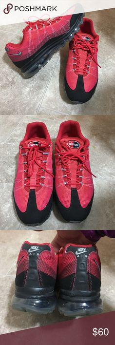 Nike Air Max In like new condition. Men's Nike Air Max. Size 11.5 Nike Shoes Athletic Shoes